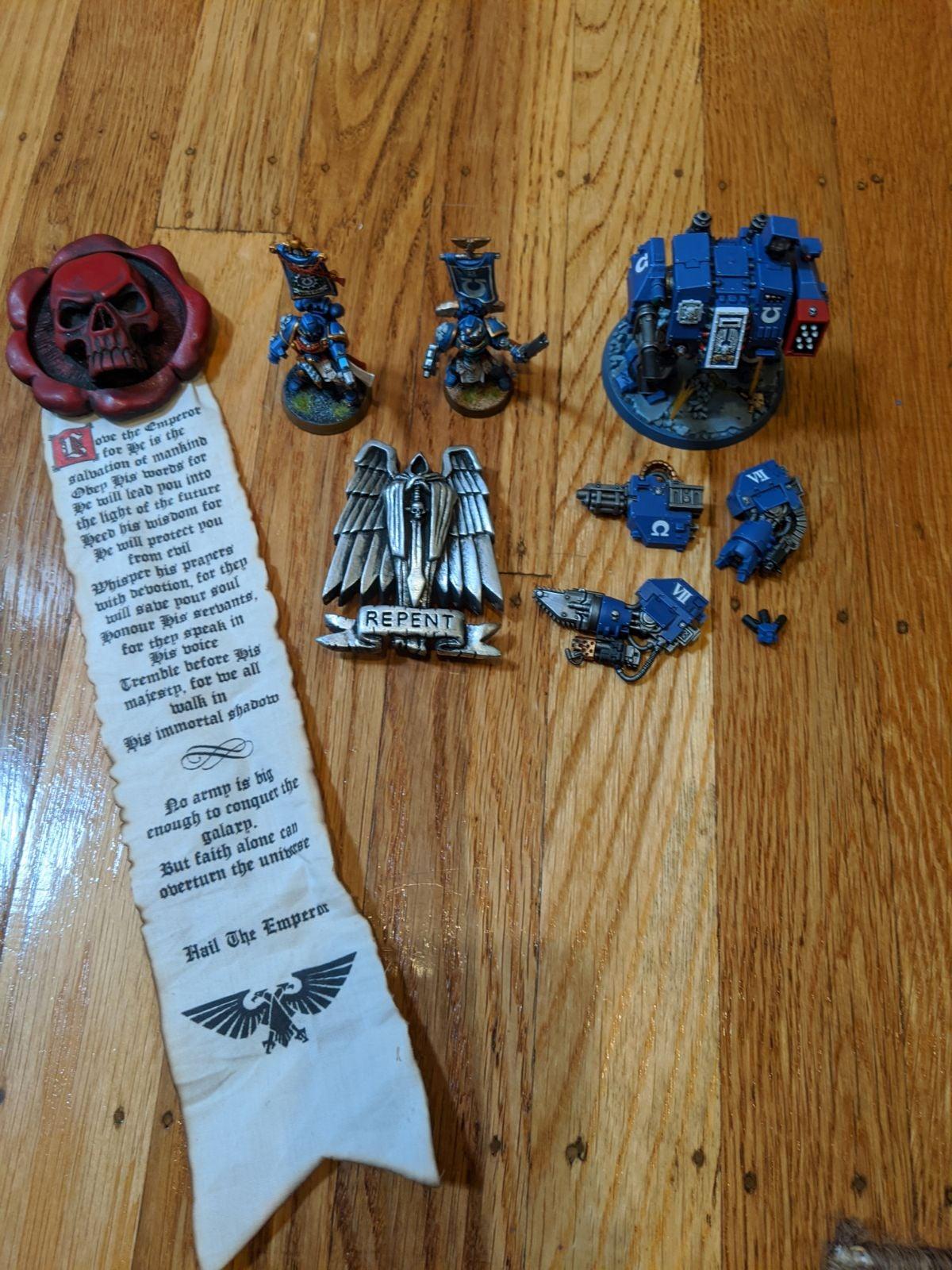 Lot 5: Warhammer 40k Ultramarine set