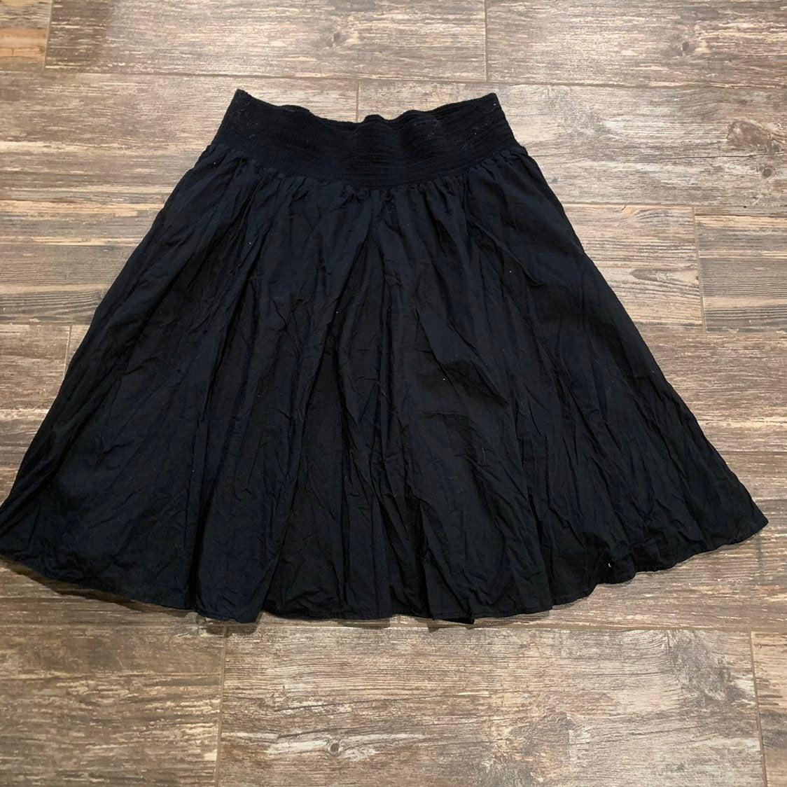 Old navy black 100% cotton skirt.XL.