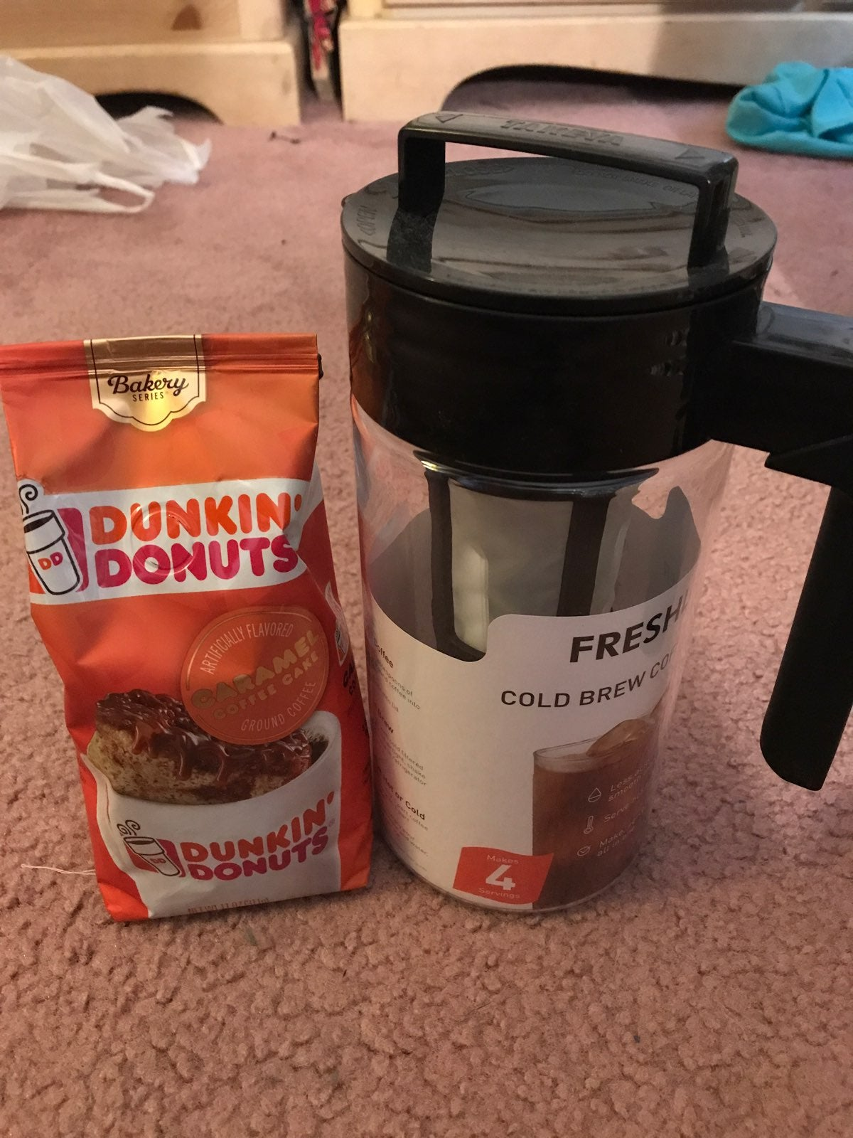 *BOUGHT BY KELLY* Coffee Maker + Grounds