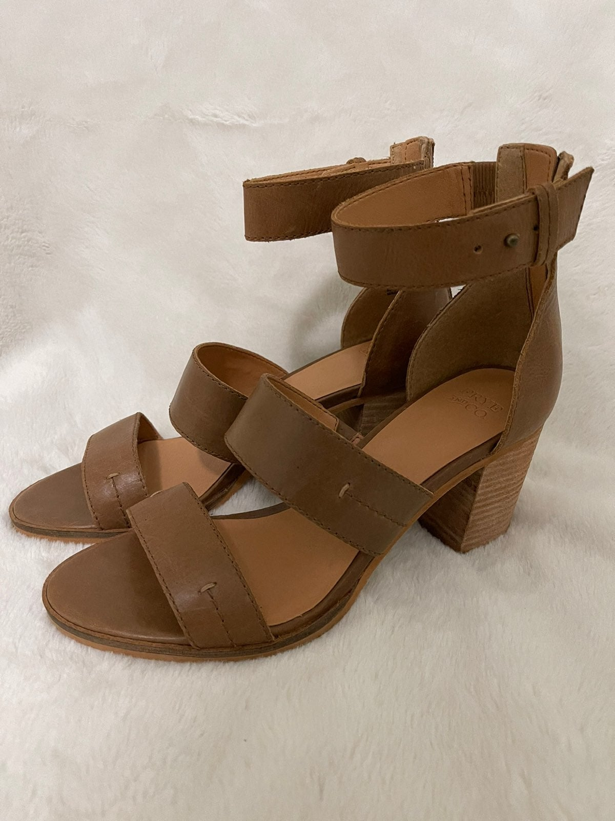 Frye & Co Bryn Stitch Sandal NEW Sz 8.5