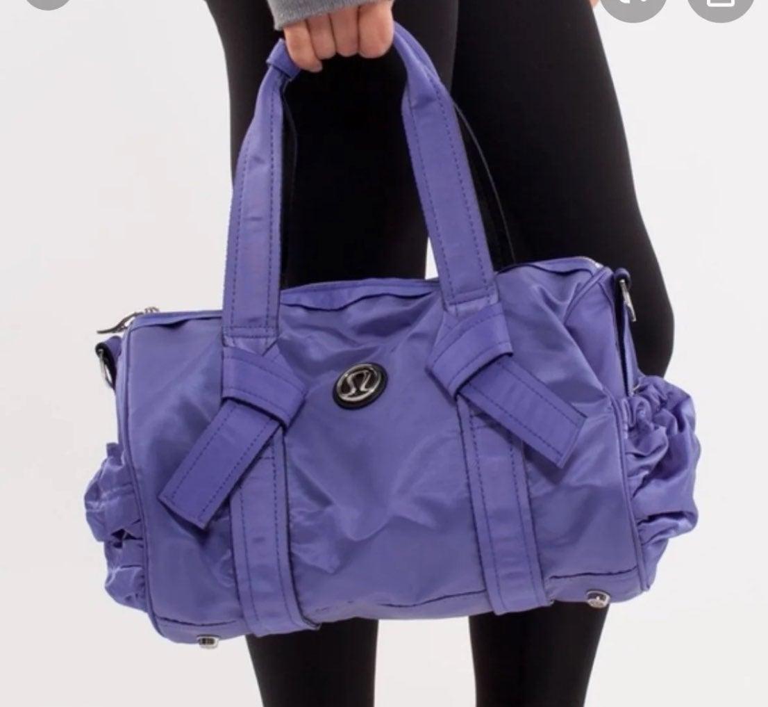 Lululemon duffel gym bag