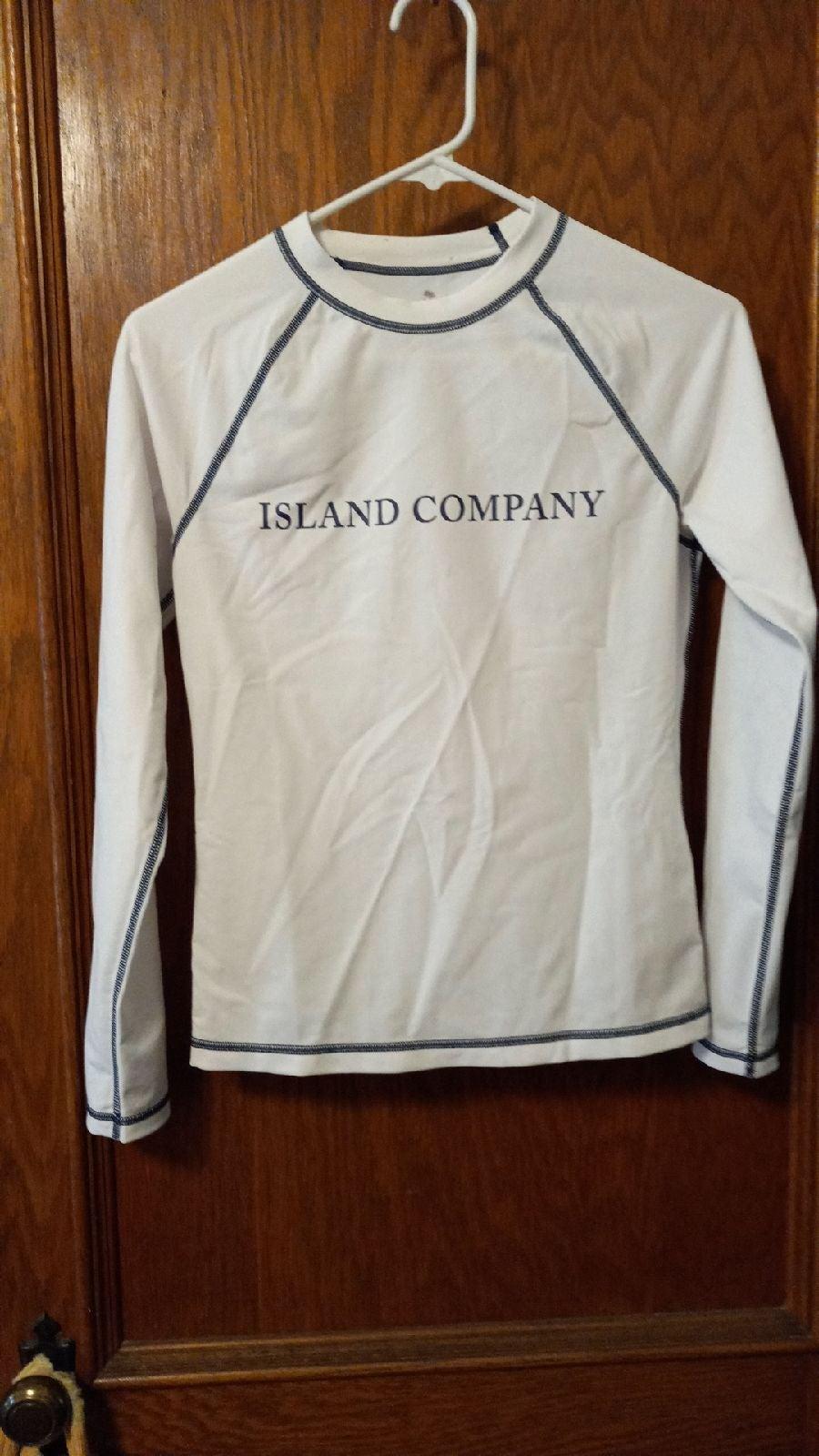 Island company long sleeve