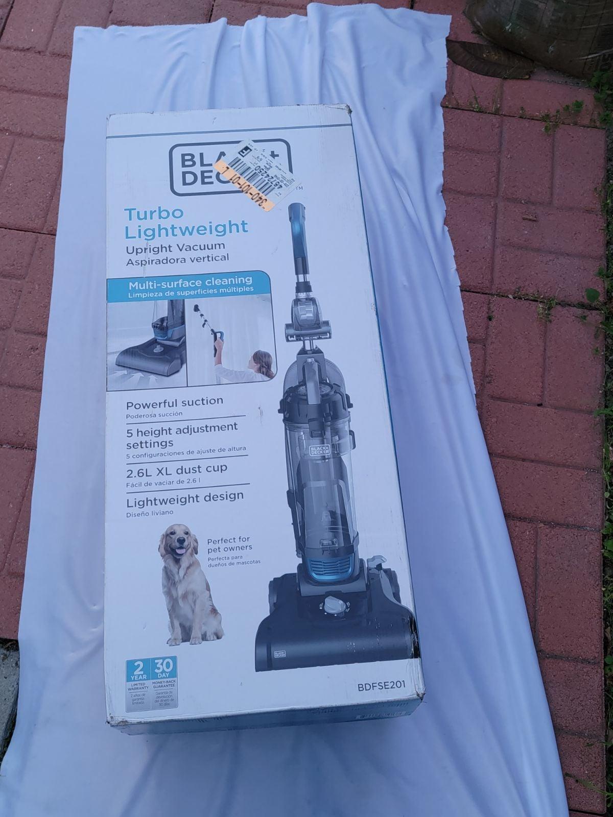 BLACK+DECKER Upright Vacuum Cleaner - BD