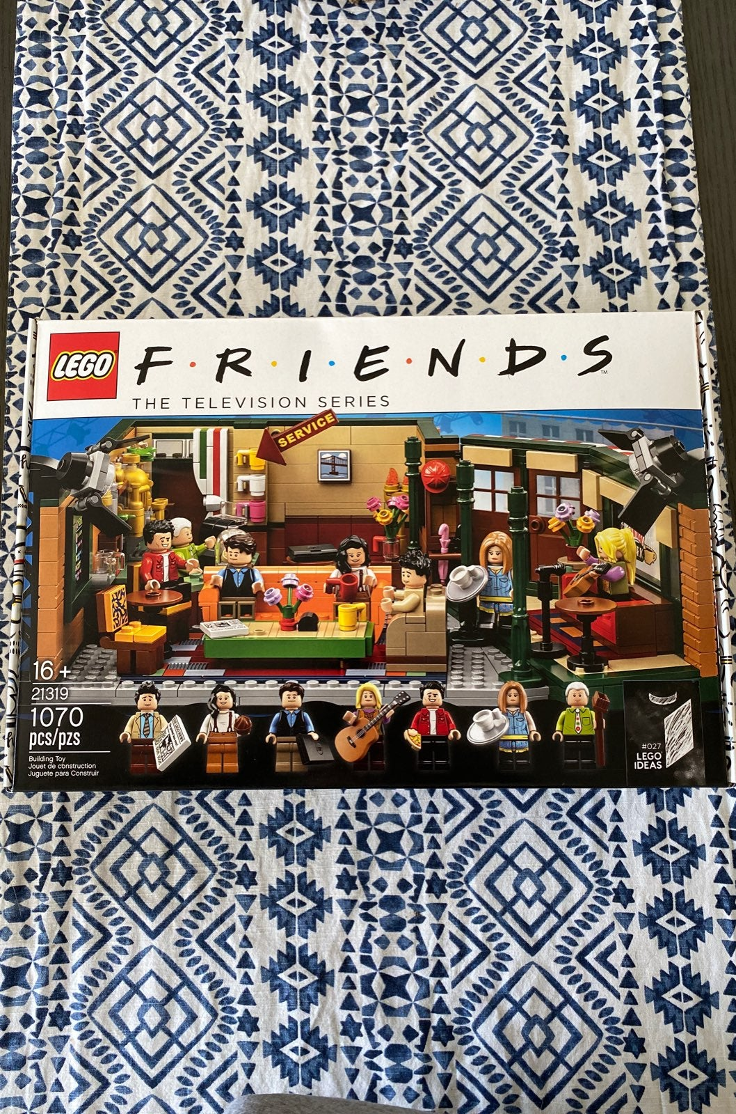 Lego Friends Central Perk (unopened)