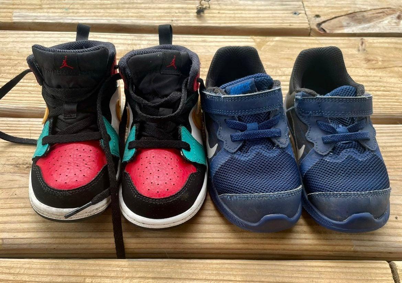 Nike Toddler size 8c (2 pairs)