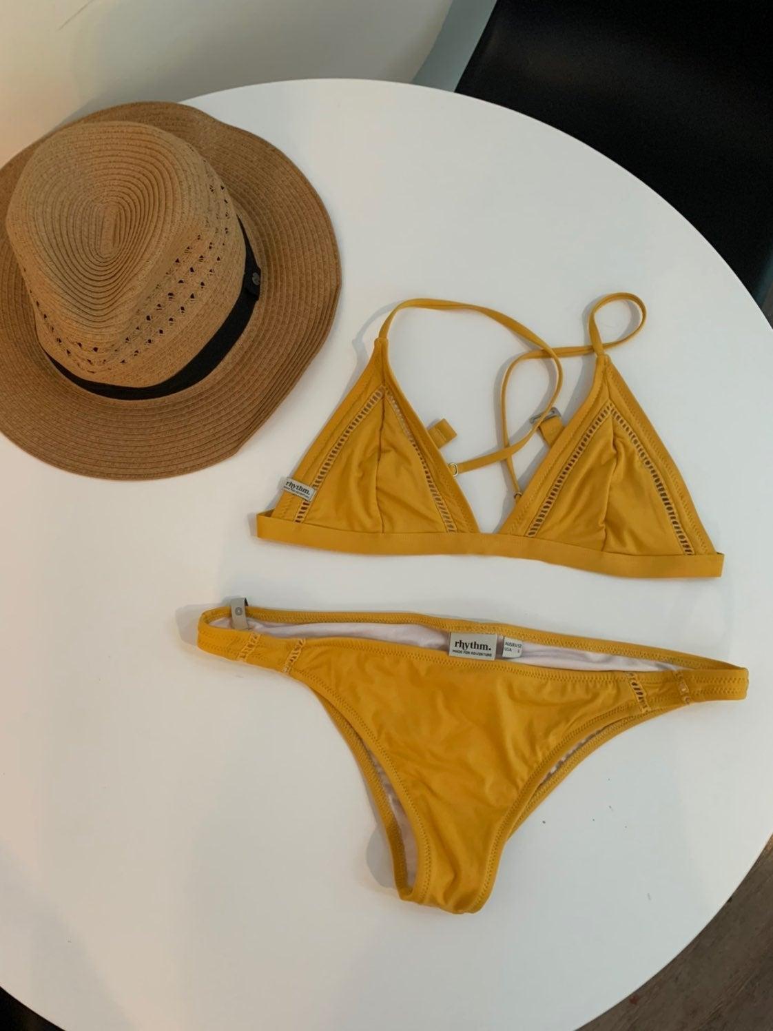 Cheeky Bikini Size L