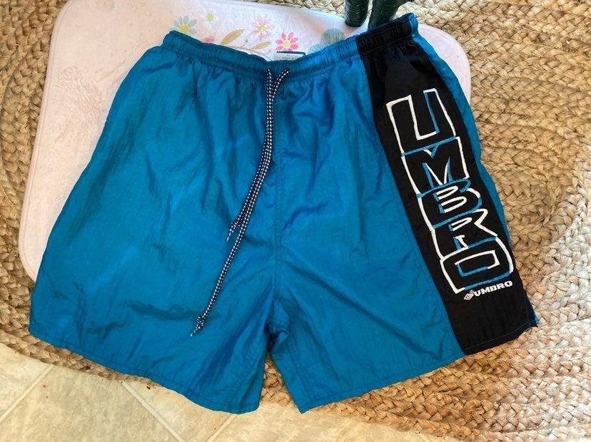 Vtg Umbro shorts XL