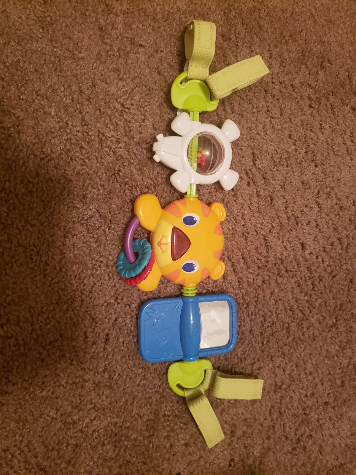 Baby carseat toy