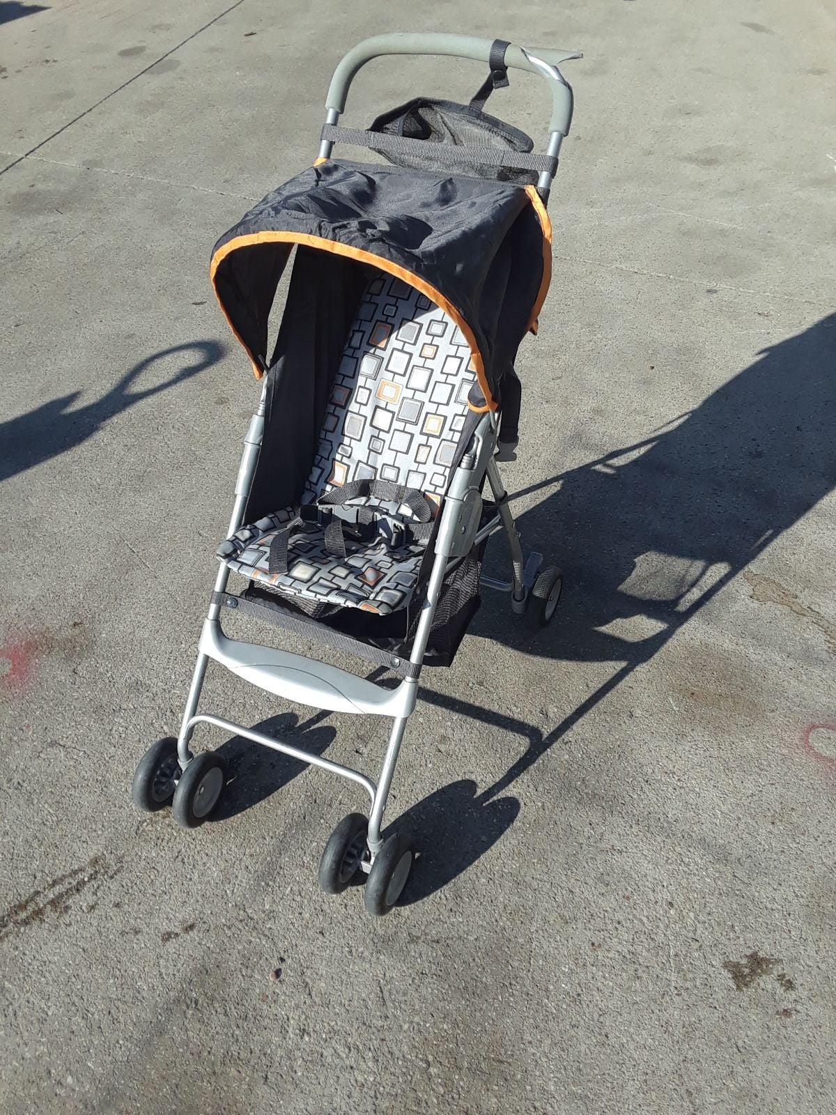 Dorel Lightweight Compact Stroller