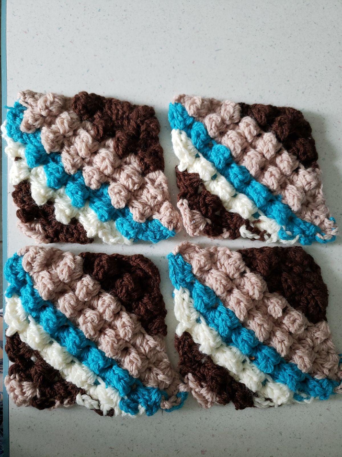 Set of 4 crochet pot holder