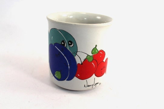 Vintage Nancy Lynn mug - plum design
