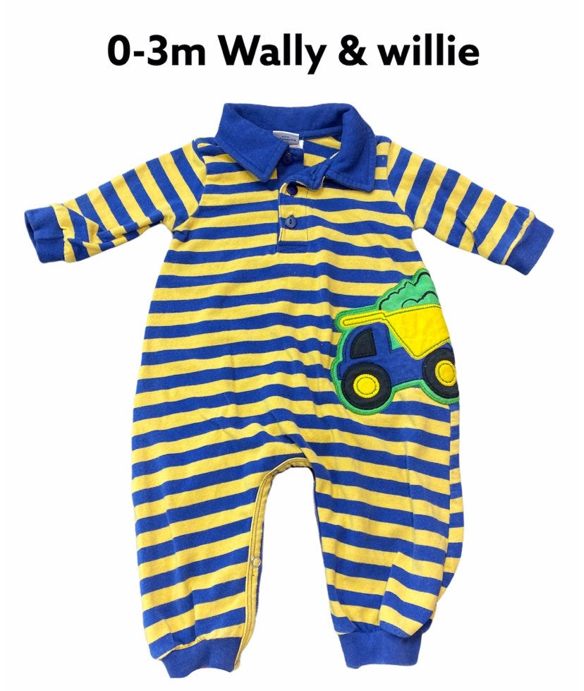 0-3m Wally & Willie romper