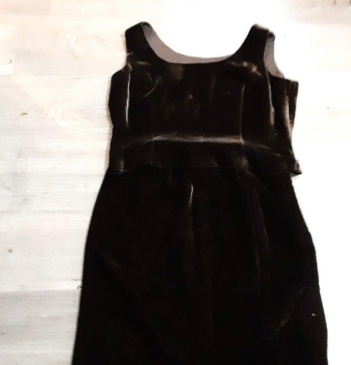 Albert Nipon brown 2 piece velvet dress