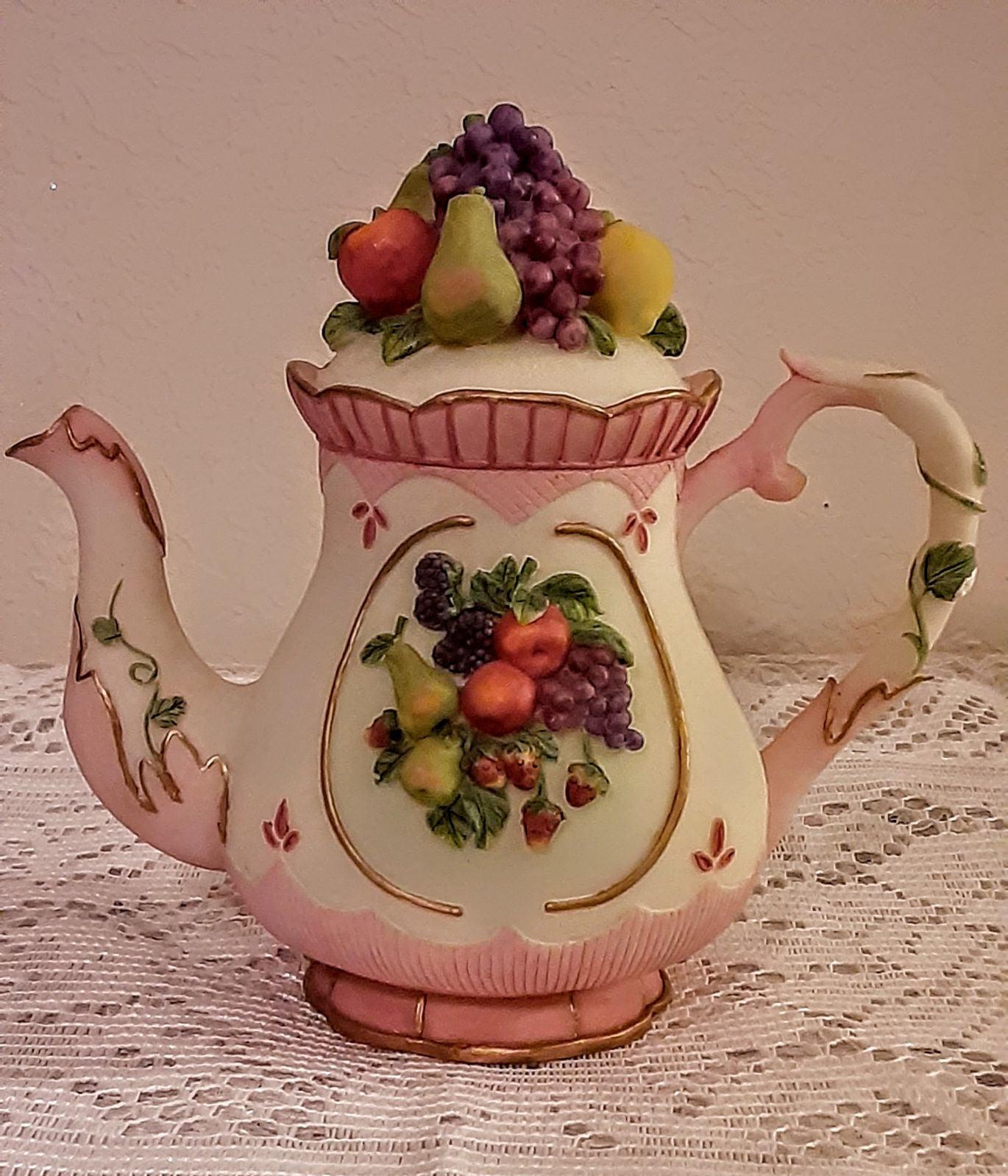 Montefiori Collection Teapot