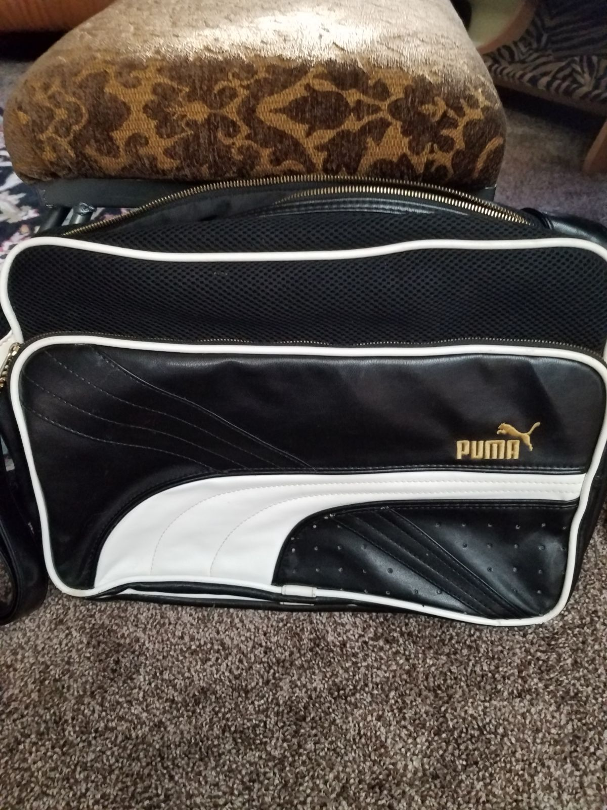 Classic PUMA Bag