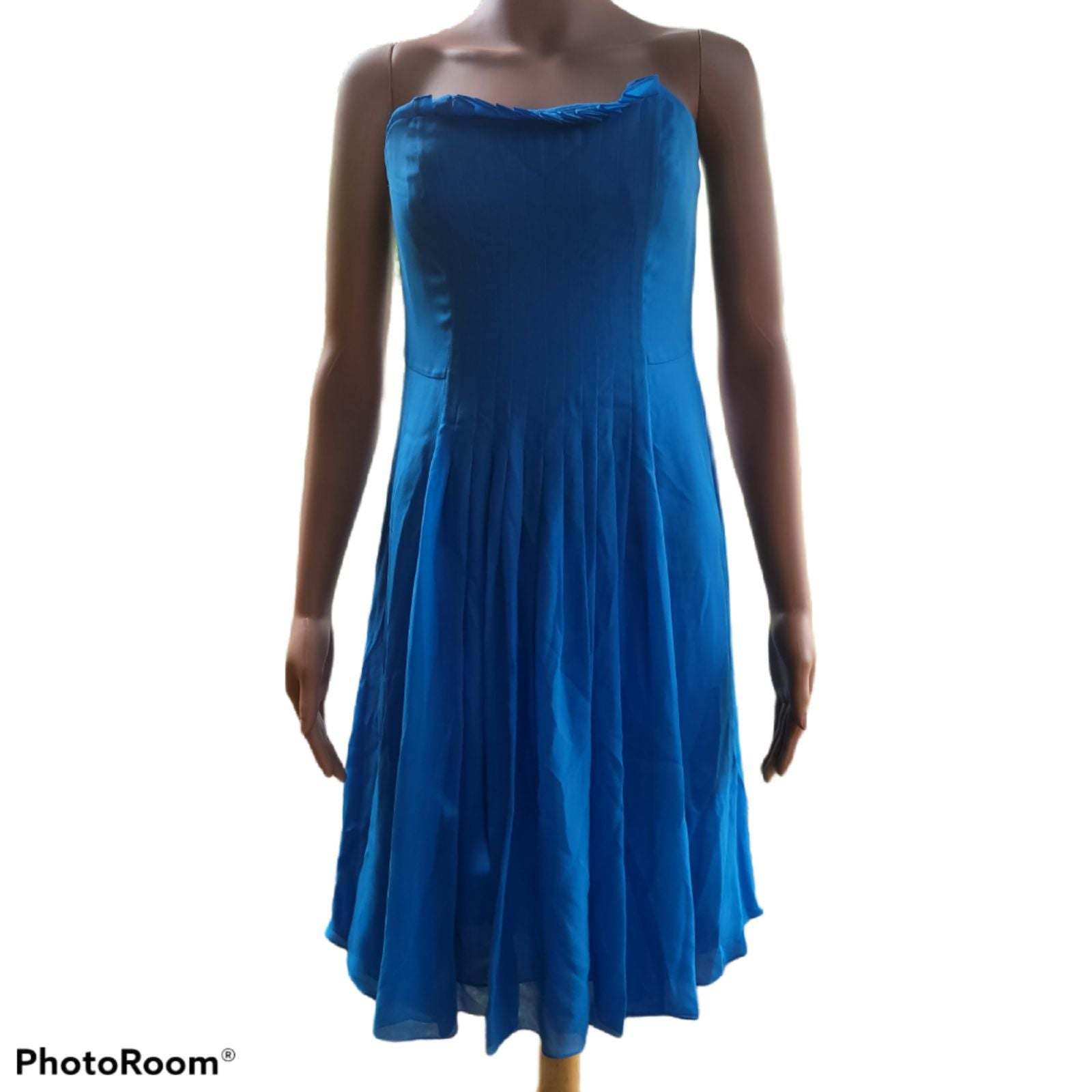 Dress Kay Unger silk size 6 pleated