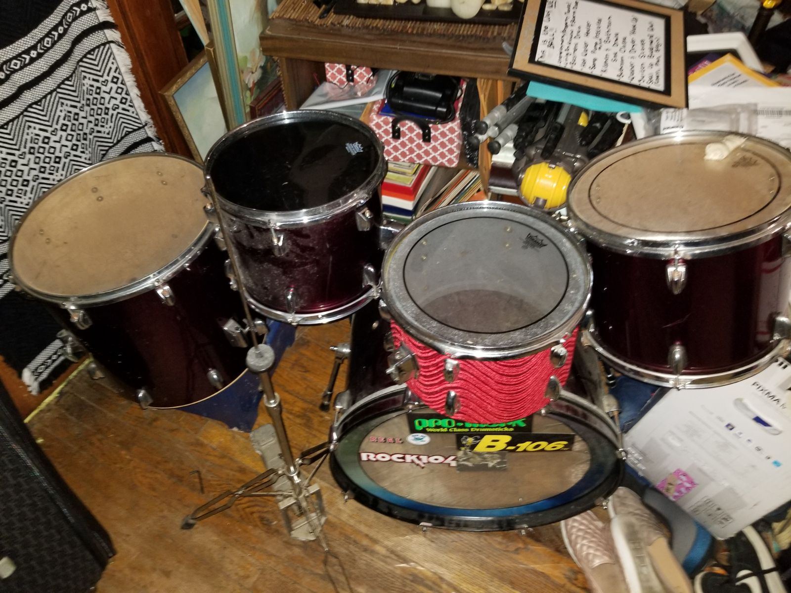 5 piece drum set with 2 foot pedals