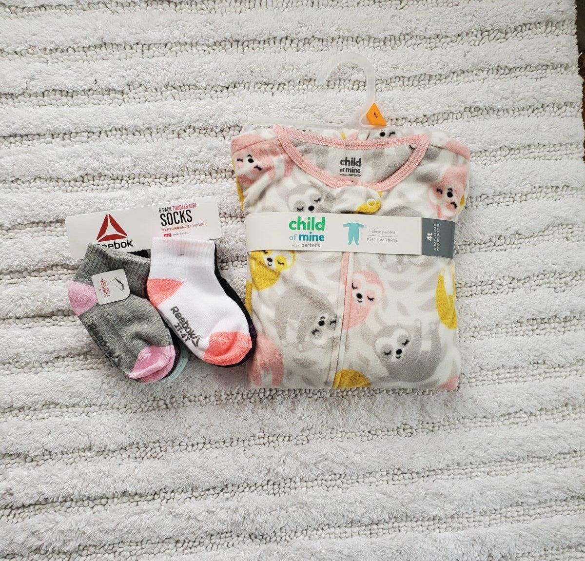 Girl 4T footed pajama with socks