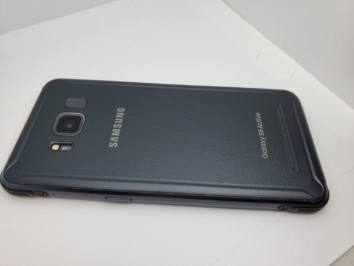 Samsung Galaxy S8 active GSM Unlocked