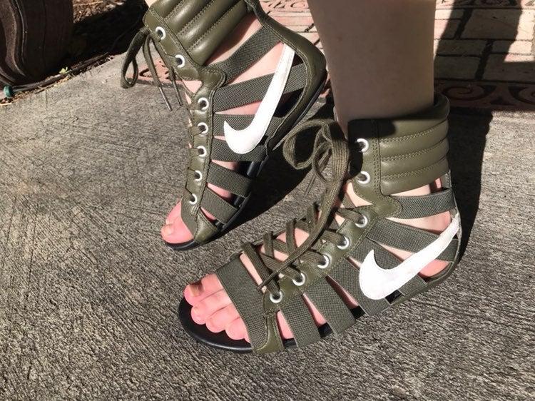 Nike Gladiator Sandals   Mercari