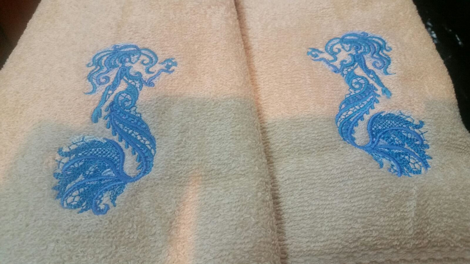 embroidered fancy mermaid hand towel set