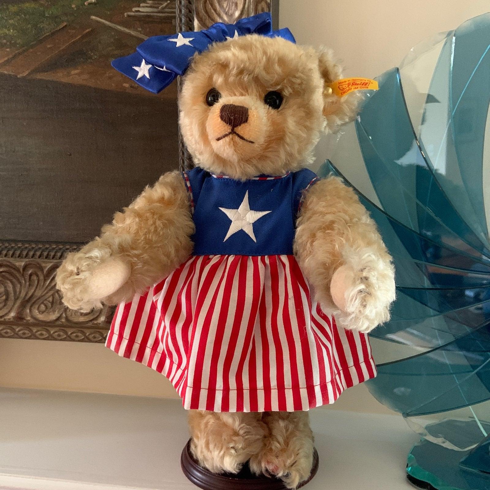 2003 Steiff Mrs. 1st America Teddy Bear