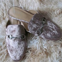 3c959fbd90a New without Tags Crushed Velvet Mules