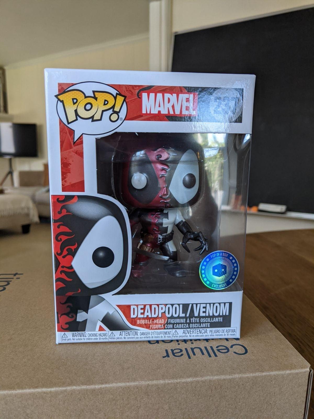 Funko Deadpool Venom Metallic Pop