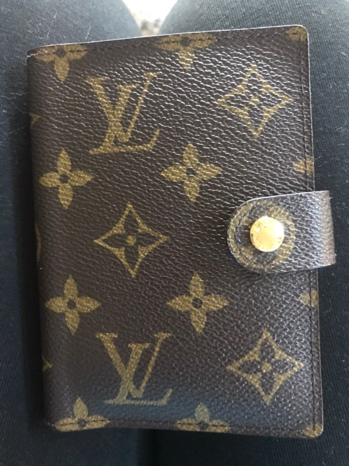 **Authentic** Louis Vuitton Agenda Cover