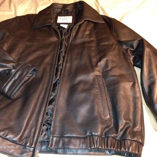 Men's Large black leather jacket