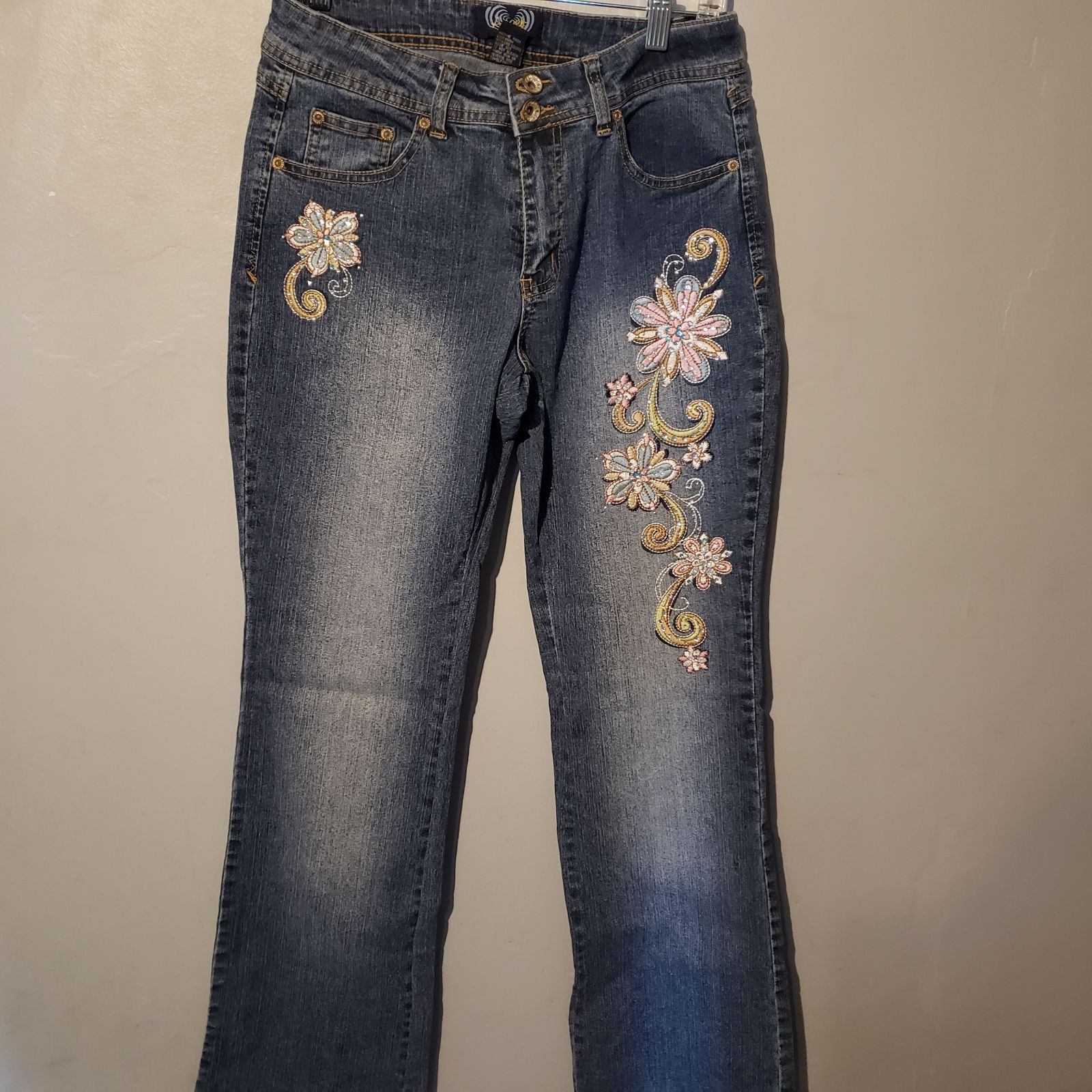 Angel's embroidered jeans size 8 flare