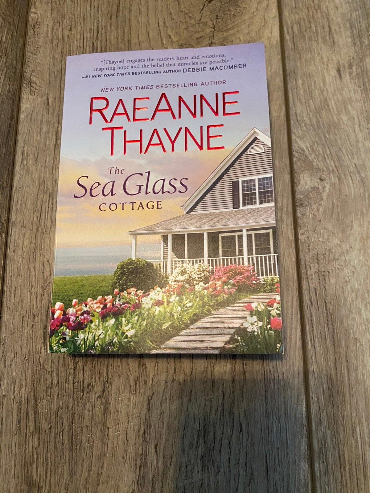 The sea glass cottage RaeAnne Thayne