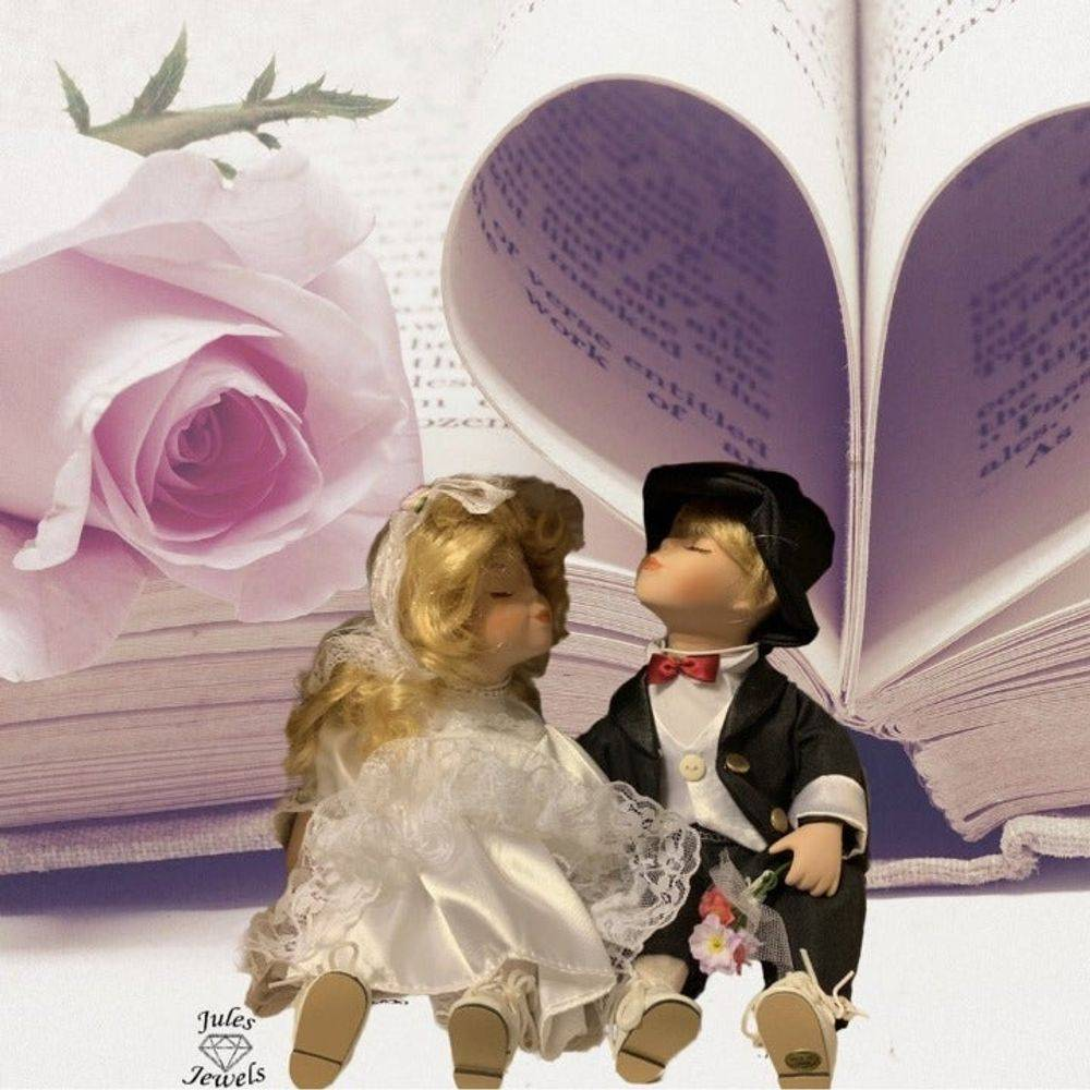 Granville House Bride and Groom Dolls