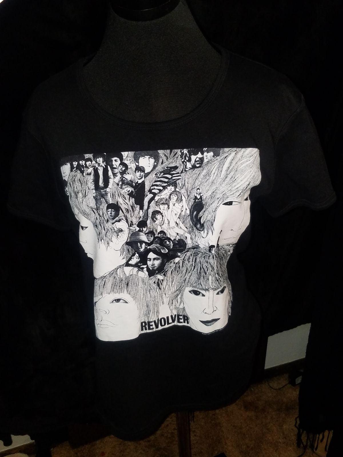 Revolver cover tshirt Beatles