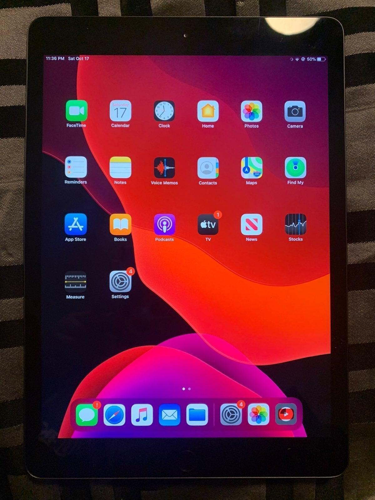 iPad 7th generation Space Gray 128 GB