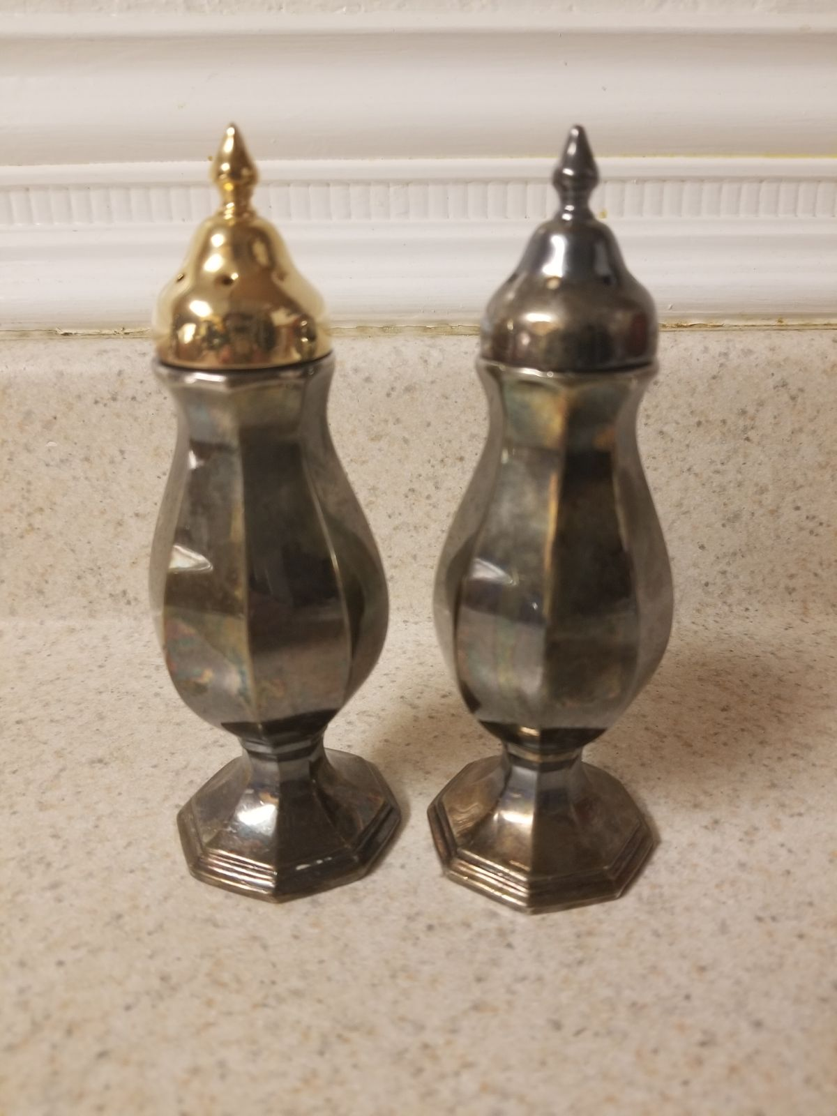 Vintage Wallace salt and pepper shakers