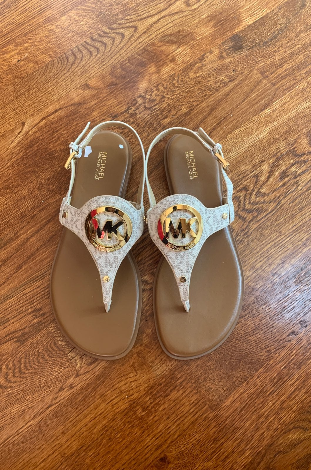 Michael Kors sandals sz 8