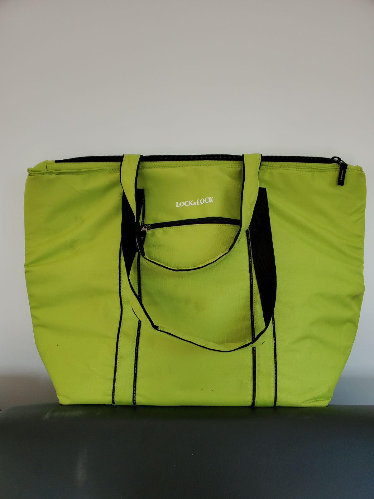Lock and Lock Insulated cooler Bag