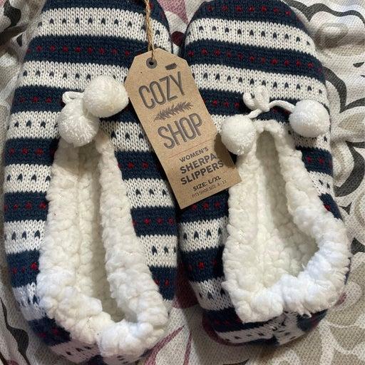 Woman's Sherpa Slippers szL/XL