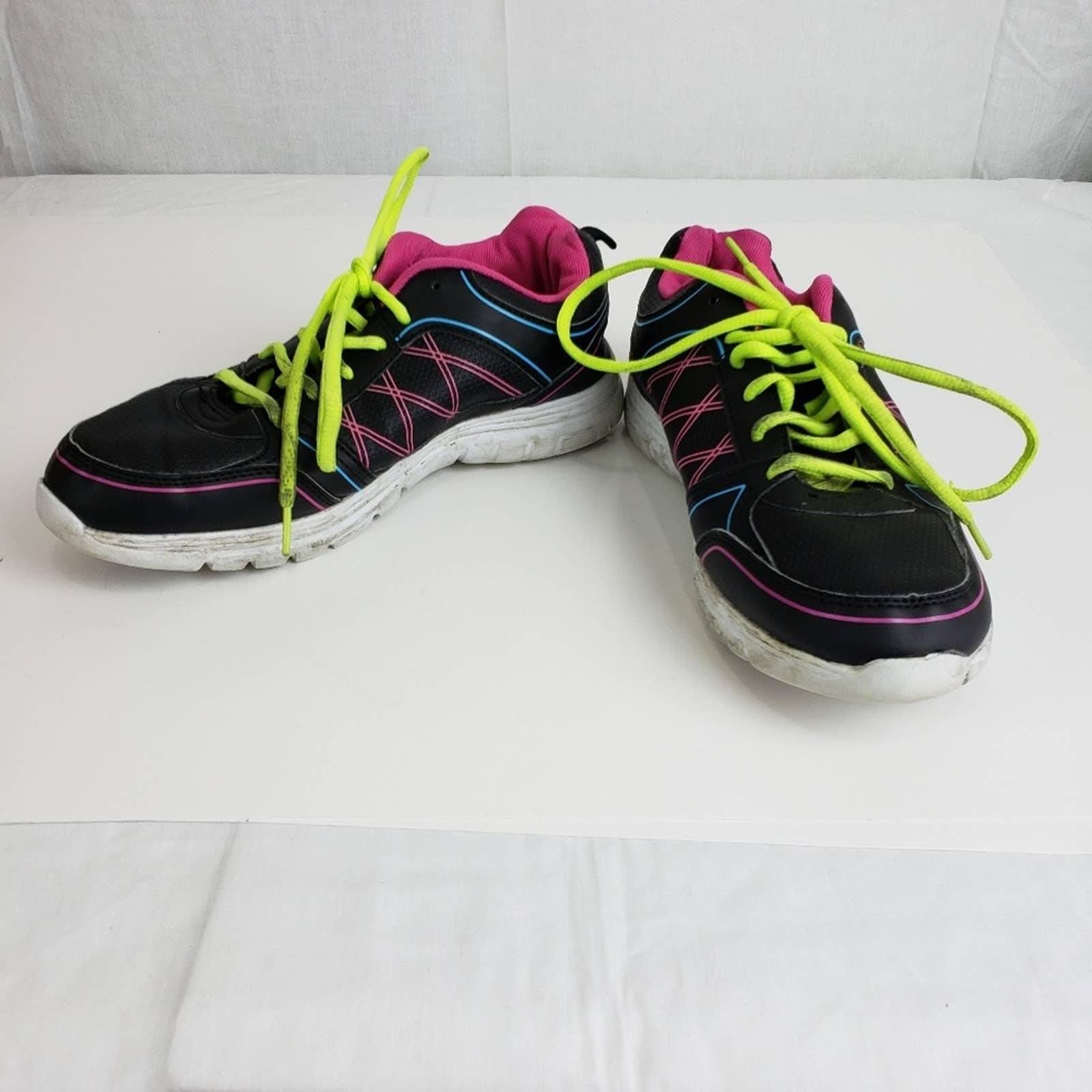 Shoe size 9.5