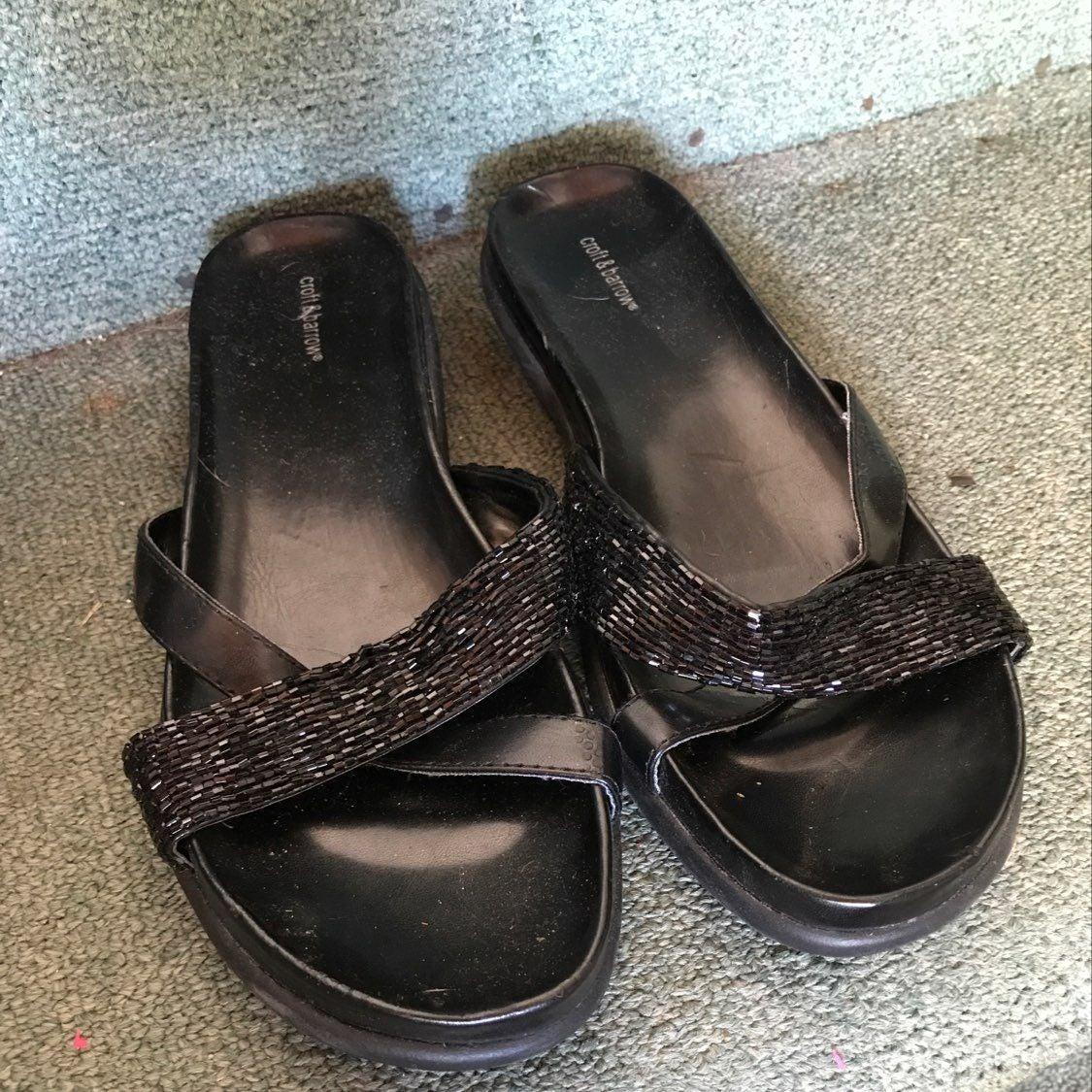 Women's Size 6 Black Strap Beaded Sandal