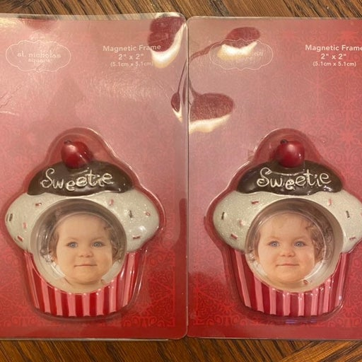 Cupcake Magnetic Picture Frame