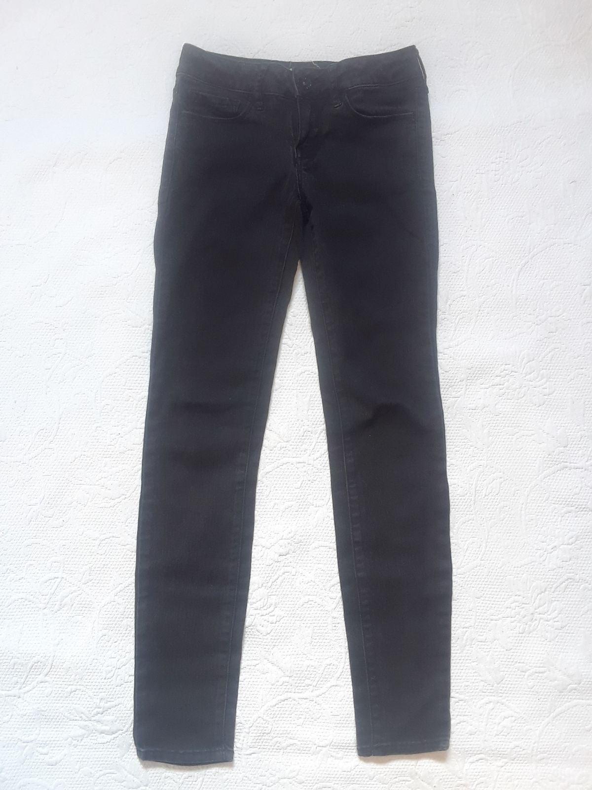 Bull Head Black Girl Skinniest Jeans