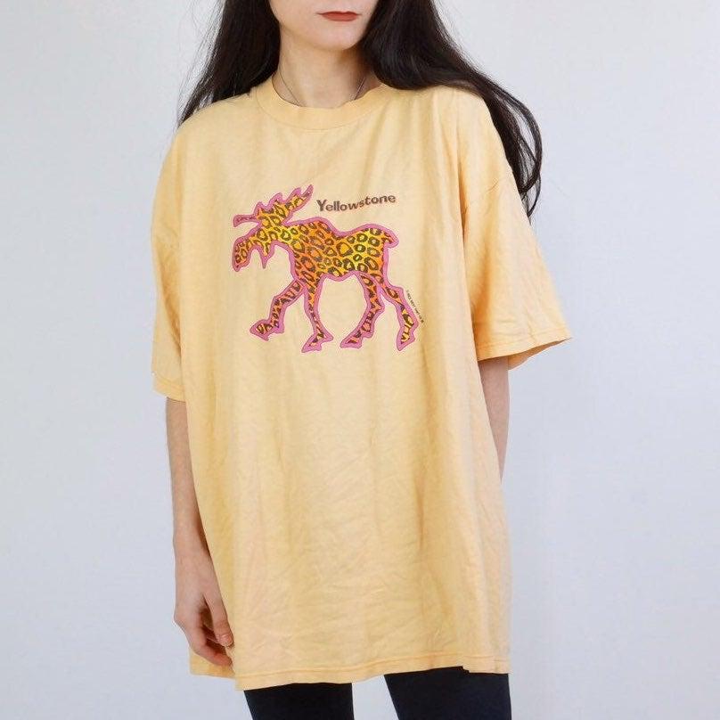 Vintage 90s yellowstone tshirt