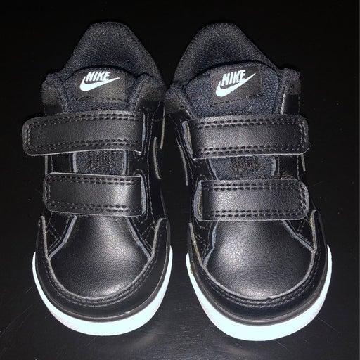 Nike Capri 3 LTR shoes