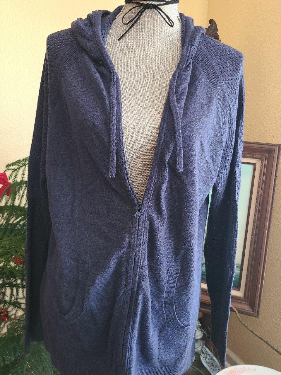 Eddie Bauer lightweight sweater