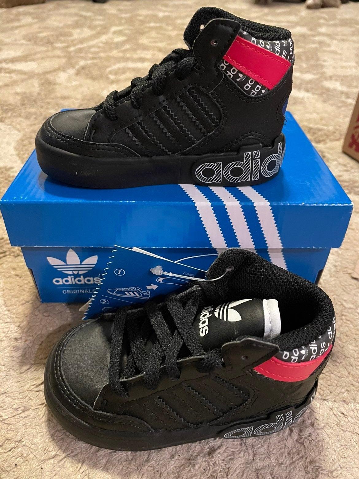 Adidas Hard Court Hi