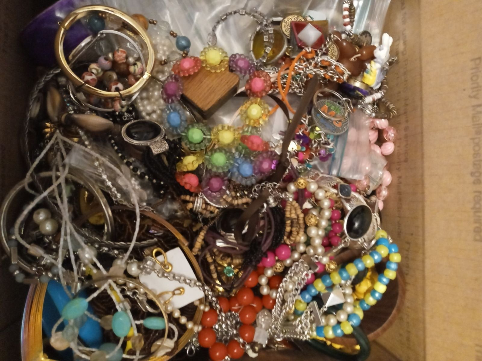Jewelry Lot 20lbs earrings necklaces