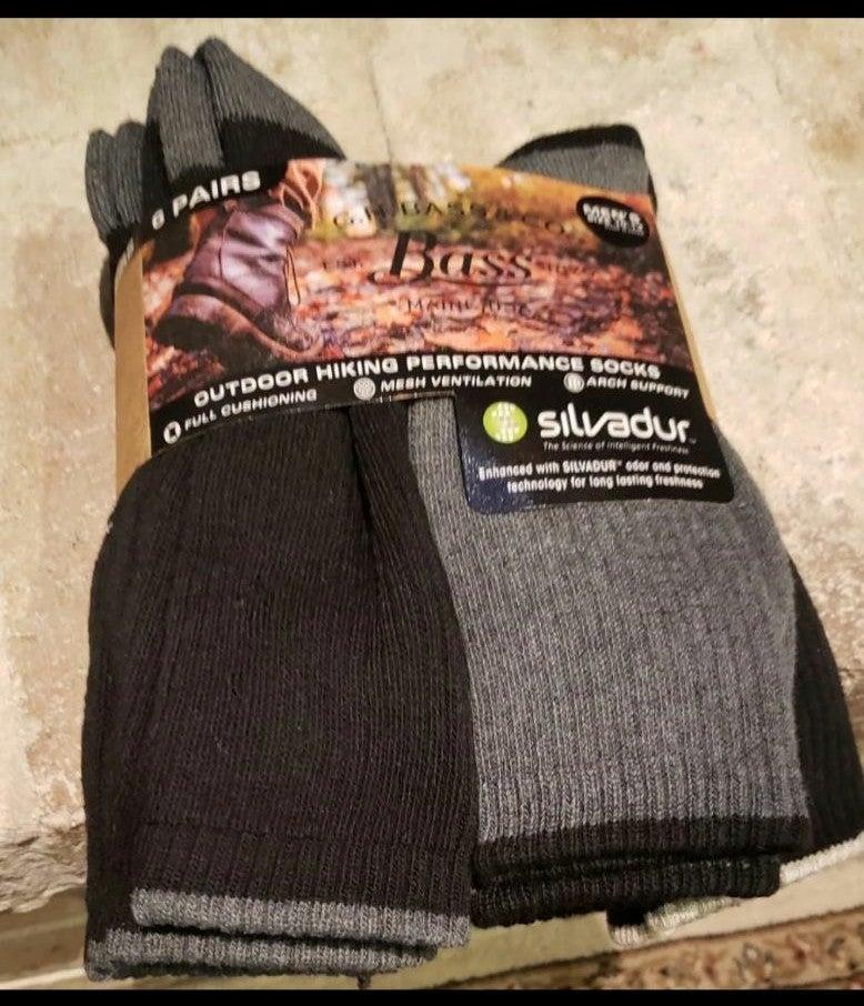 New bass hiking socks sz 10-13