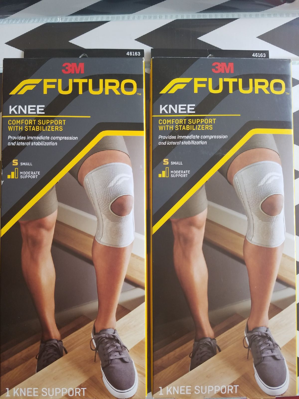 Small Knee Compression Sleeve New (Pair)